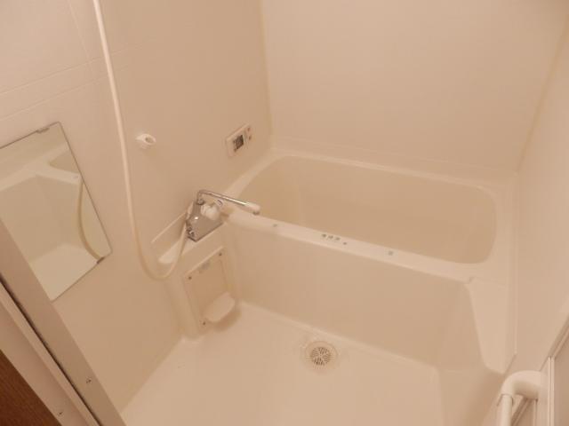 スタットアンクム B 103号室の風呂