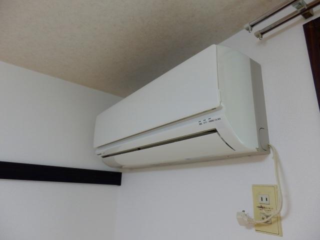 リバティ小松 103号室の設備
