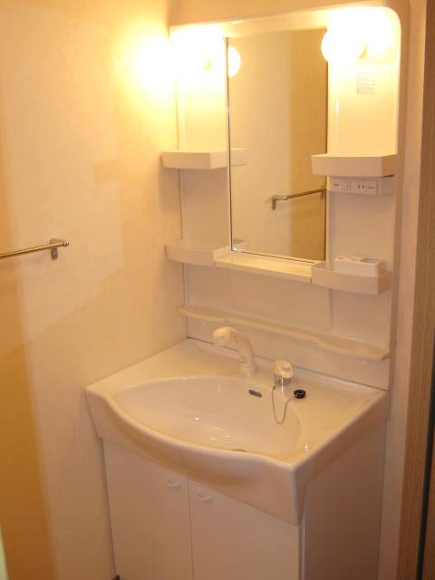 プリエール 202号室の洗面所