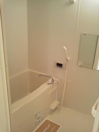 クルワシュード 301号室の風呂