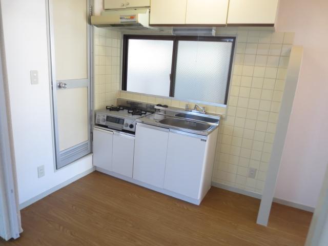 シャトレ尾山台 203号室のキッチン