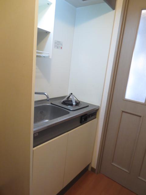 上野毛QSハイム 103号室のキッチン