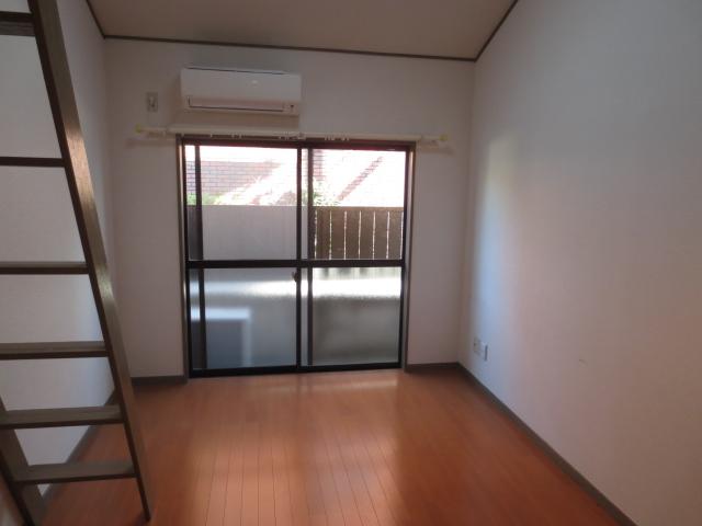 上野毛QSハイム 103号室のベッドルーム
