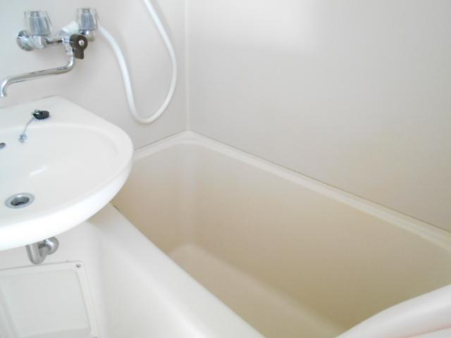 ガーデンハイム1 103号室の風呂