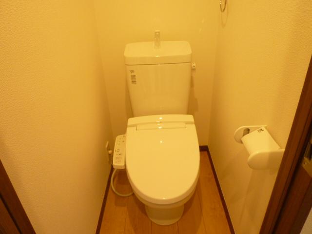 スリーアローズ馬込 101号室のトイレ