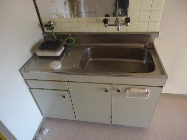 ハイツサンシャイン 206号室のキッチン