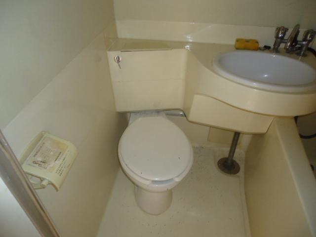ハイツサンシャイン 206号室のトイレ