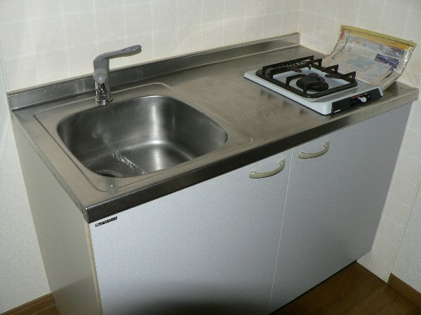 パセオ神里 2B号室のキッチン