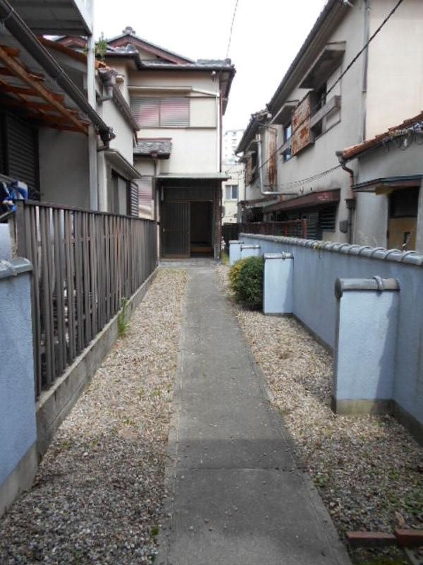 坂本貸家の駐車場