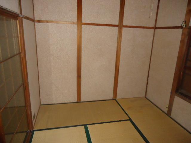 本山アパート 202号室のリビング