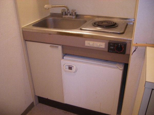 カーサ上社 105号室のキッチン