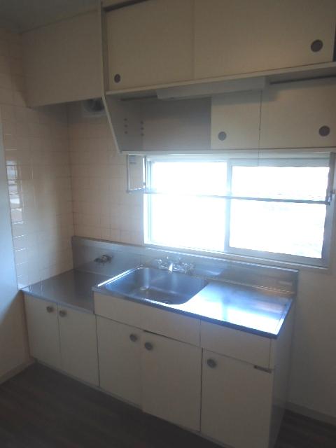 ハイネス本郷 103号室のキッチン
