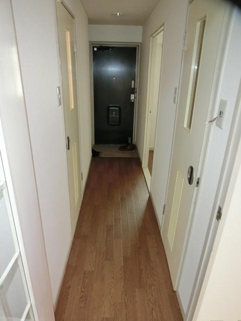 アークヒルズ虹ヶ丘 306号室の玄関