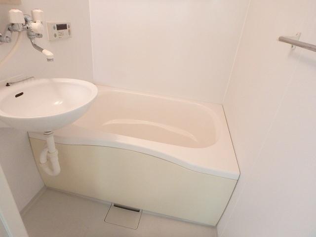 WJ・W-18 202号室の風呂