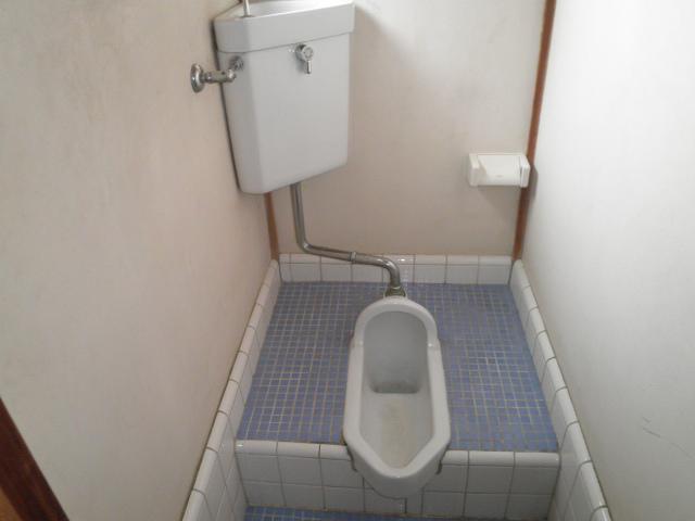 しらゆり荘 6号室のトイレ