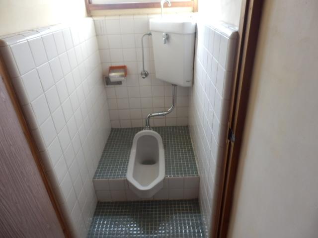 成光荘 203号室のトイレ