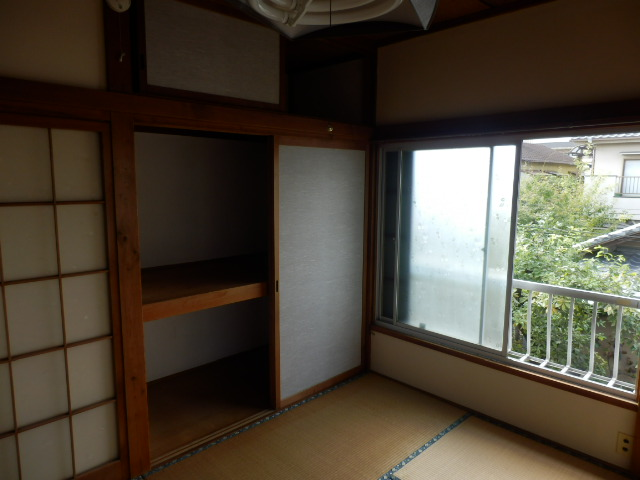 成光荘 203号室のリビング