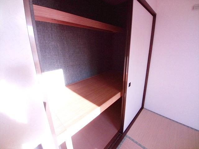 ハイツ井戸木 201号室の収納