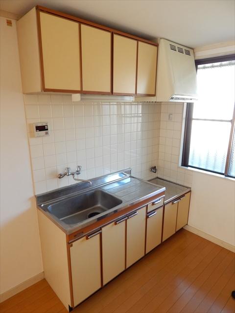 オリーブマンション 203号室のキッチン