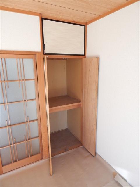 オリーブマンション 203号室の収納
