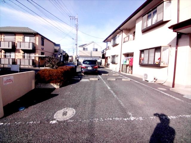 第二メゾン嶋田 205号室の駐車場