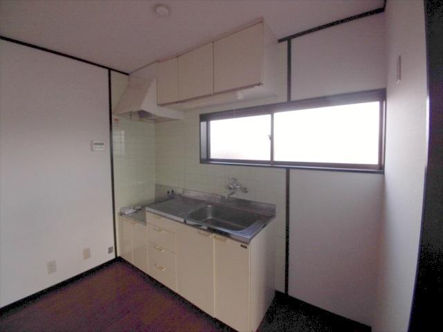 第二メゾン嶋田 205号室のキッチン