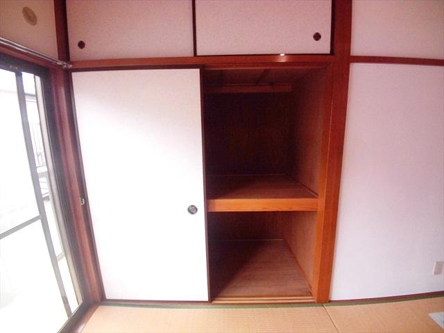 第2トミハイツ 2-B号室の収納