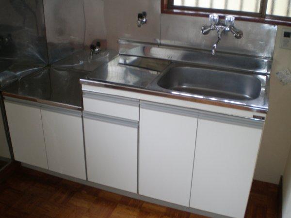 川上ハイツ 201号室のキッチン