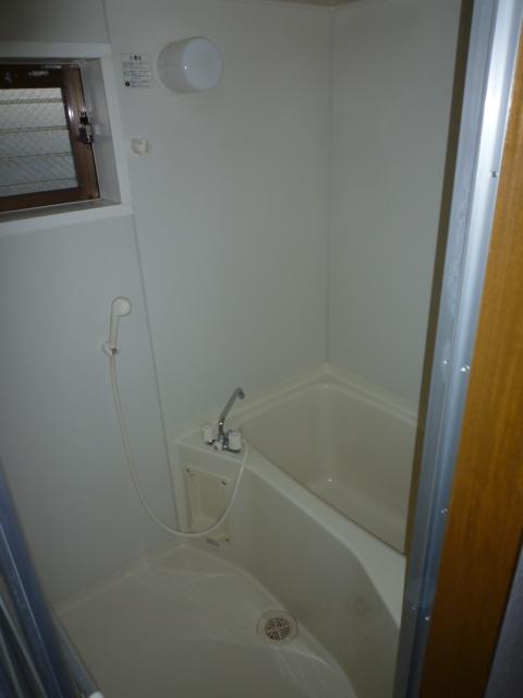 カーサAOKI 202号室の風呂