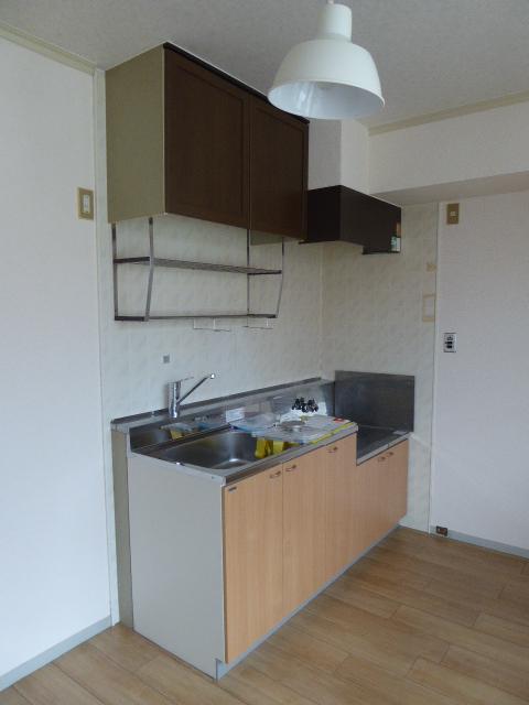 レインボーホーム 202号室のキッチン