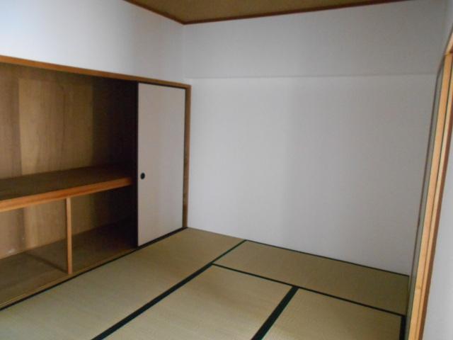 プルミエール 302号室のベッドルーム