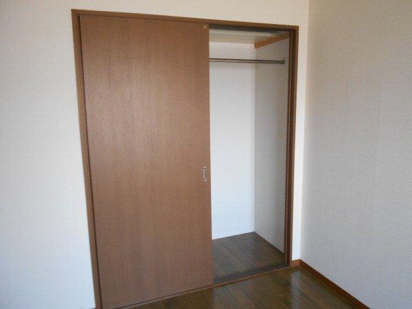 ハイツ花水木Ⅲ 3B号室の収納