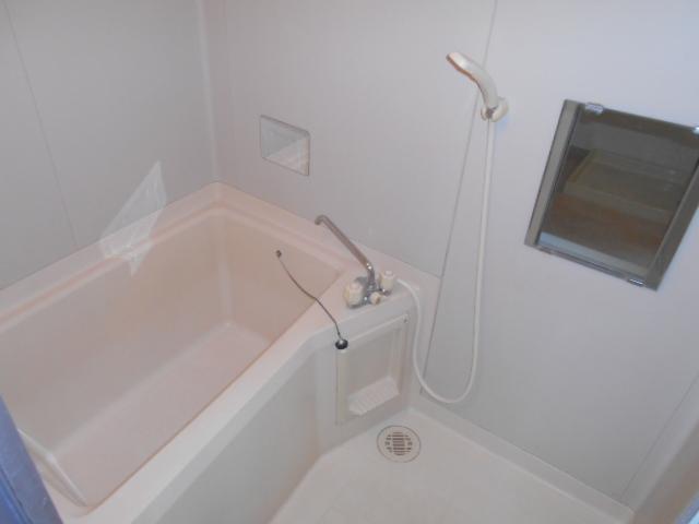 大平コーポラスⅡ 106号室の風呂