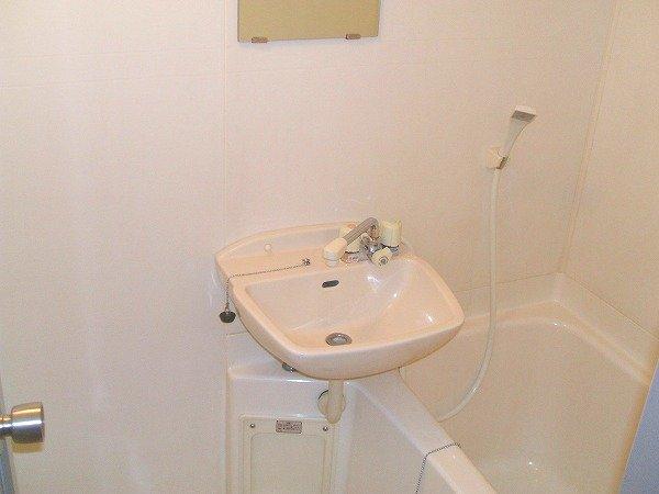 フォルツァ小牧 203号室の風呂