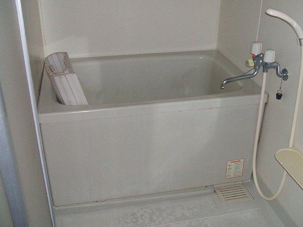 ソレアード中央 305号室の風呂