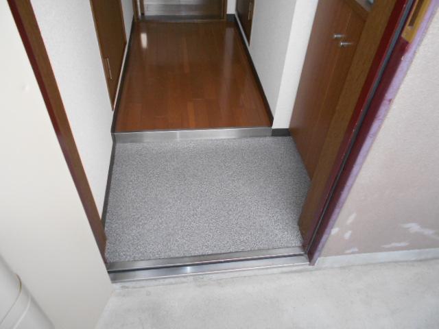 ハートランド21 102号室の玄関