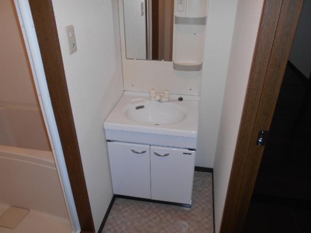 ハートランド21 102号室の洗面所