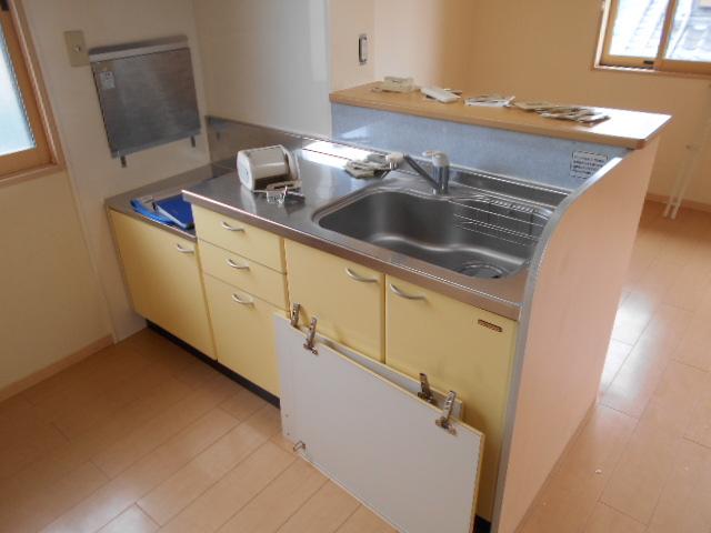 パラシオン 201号室のキッチン
