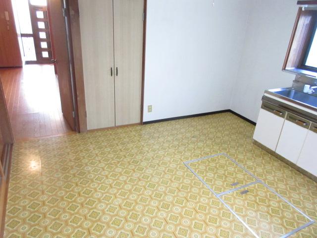 岡部貸家のキッチン