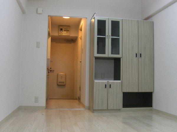 メゾン・ド・祇園 703号室のリビング