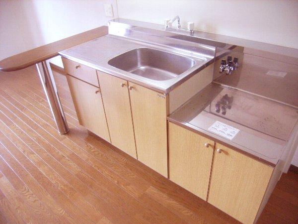 メゾンア・ラ・モード 201号室のキッチン