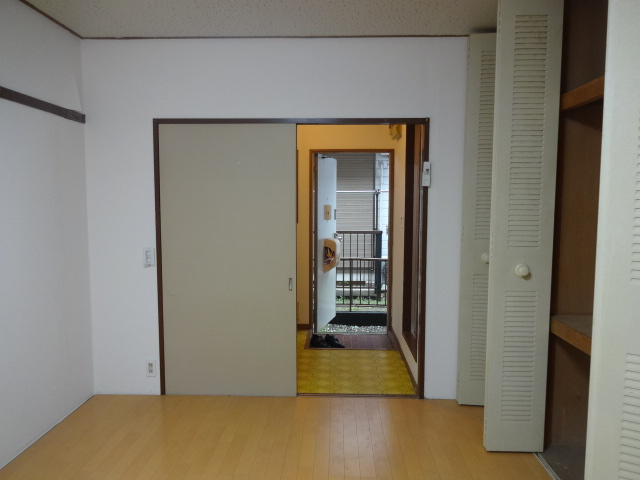 第7田村ハイツ 107号室の玄関