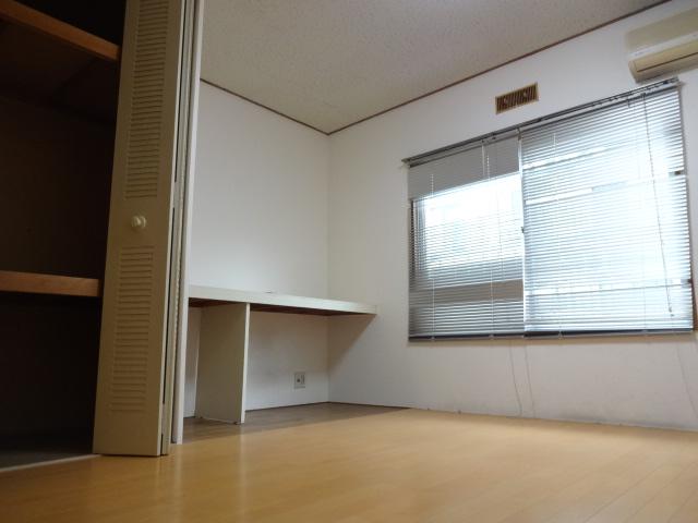 第7田村ハイツ 107号室のベッドルーム
