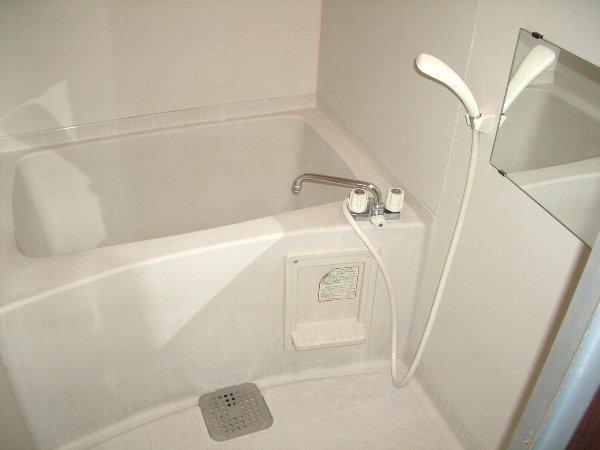 コートグランディア一ツ家 304号室の風呂