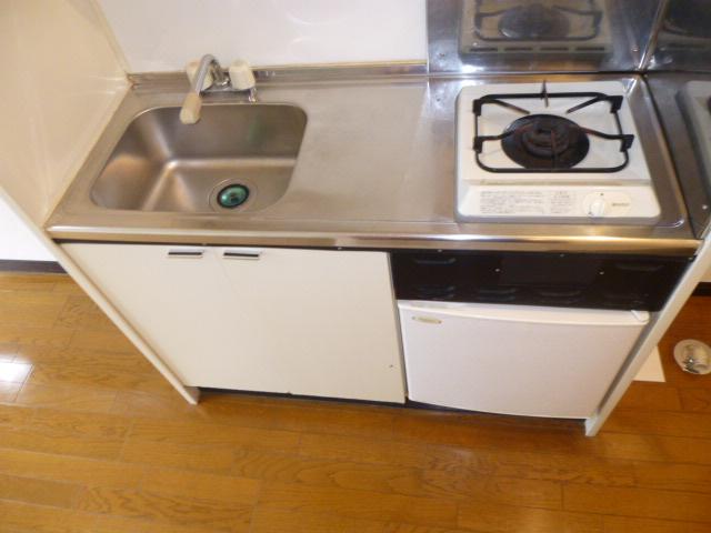 ハイムプリマヴェーラ 306号室のキッチン
