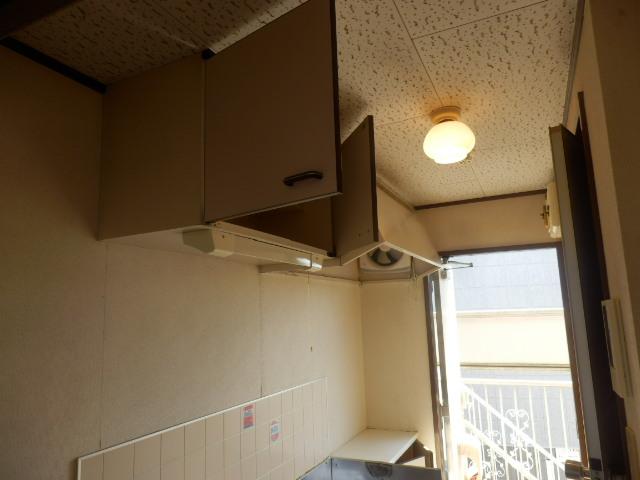 ファミーユ国分寺 201号室の収納