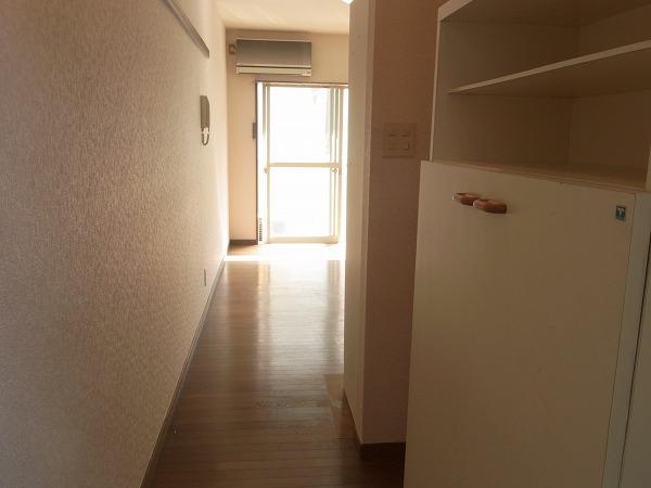 サンマーシュ府中 102号室の居室