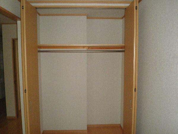 クヴェラ 102号室の収納