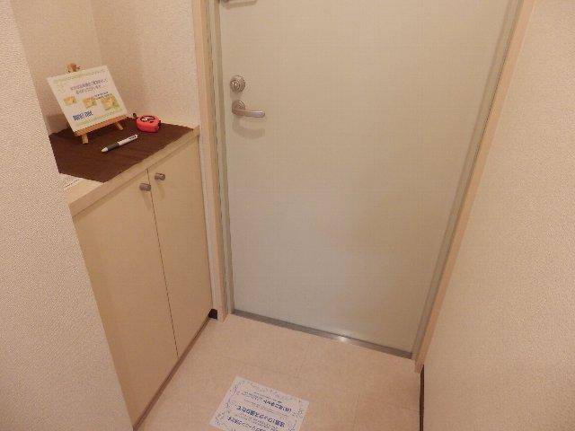 T's Dream 千原 705号室の玄関