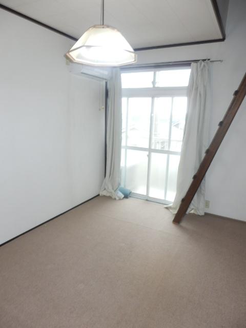 グレースハイツⅠ 207号室の居室